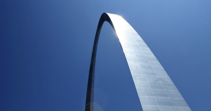 The Gateway Arch, photo appearing in The Plug