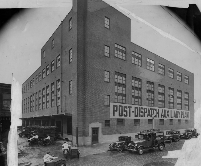 Historic Photo of 4340 Duncan Building